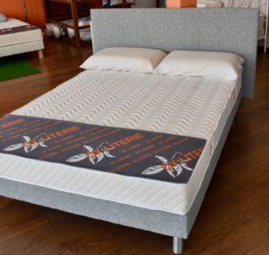 matelas-sommier-tapissier-tissu-oreiller